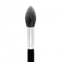 Crown Pro Lush Pointed Powder/Contour Brush (C531)